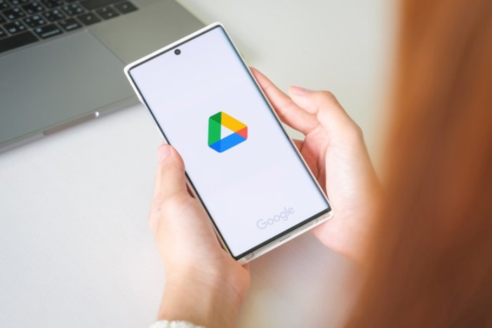 What type of files can be uploaded to Google Drive